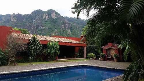 Casa En Zona Residencial Con Espectacular Vista
