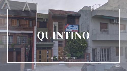 Imagen 1 de 26 de Quintino Bocayuva Al 1100-boedo-casa En Venta Lote Propio Con Fondo Libre Y Pileta
