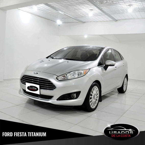 Ford Fiesta Titanium Sedán