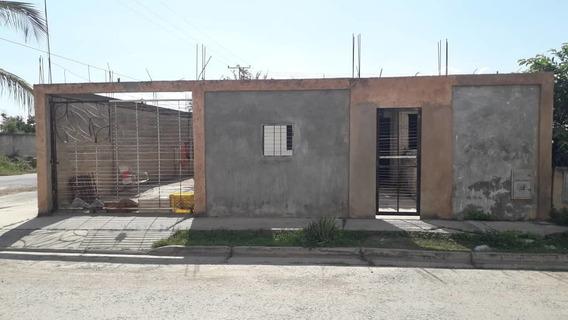 Casa En Tacarigua