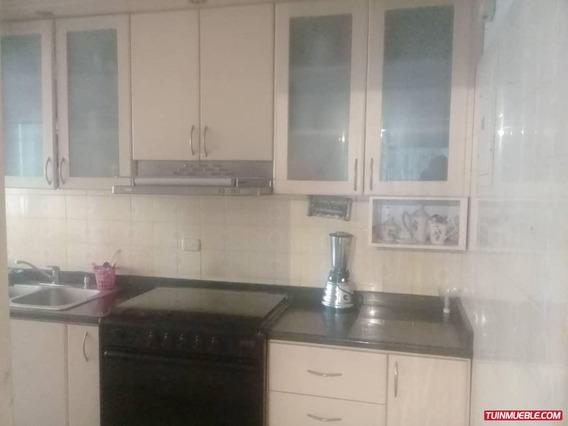 Apartamentos En Venta Urb. El Centro / Vanessa 04243219101