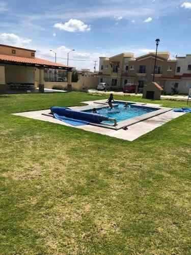En Renta Bonita Casa En Ciudad Del Sol, Alberca, 2 Recamaras