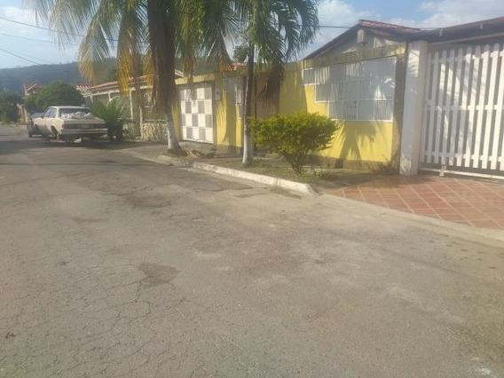 Casa En Venta San Joaquin De Turmero, Mls 20-4871 Cc