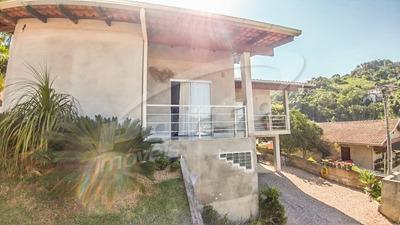Casa No Bairro Valparaíso Contendo 3 Dormitórios E Demais Dependências. - 3575203