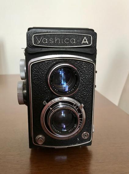 Câmera Fotográfica Antiga Yashica A. Com Estojo Original.