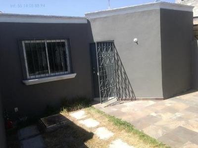 Casa Sola En Venta Col. La Paz, Excelente Ubicación. Centro Pachuca