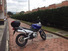 Moto Suzuki Freewind 650