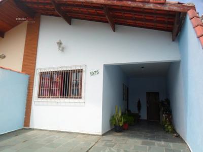 Casa A Venda No Bairro Balneário Stella Maris Em Peruíbe - - 147-1