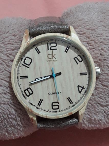 Relógio De Madeira Com Pulseira De Couro Outlet