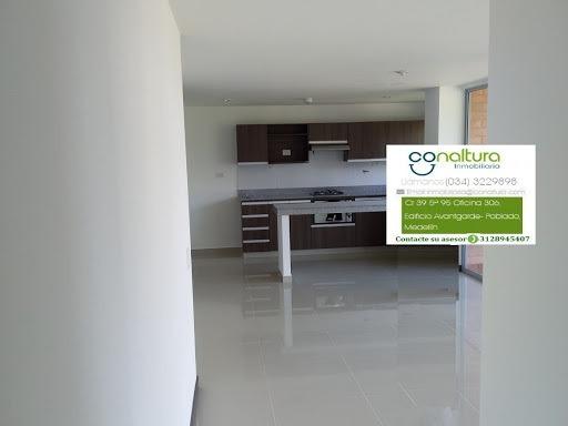 Apartamento En Arriendo Intermedia 472-1305