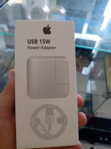 Imagem 1 de 4 de Carro iPhone 15 W Turbo
