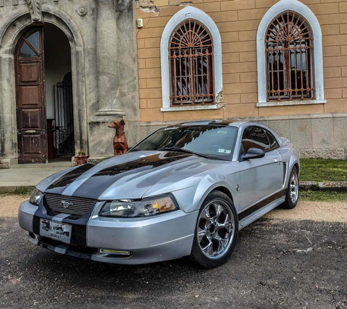 Ford Mustang 2000 4.6 V8
