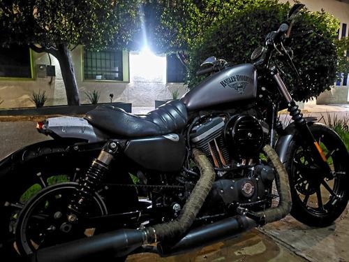 Imagen 1 de 6 de Harley Davidson  Iron 883