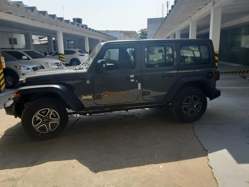 Jeep Wrangler 3.6 Sport Unlimited