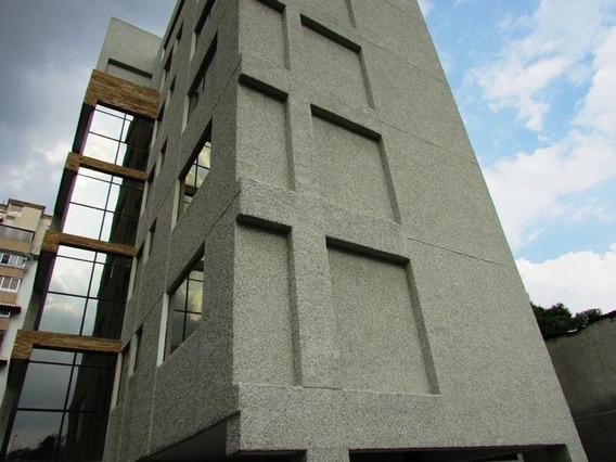 Tibizay Diaz Alquila Edificio La Plaza Venezuela # 20-21381