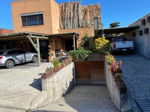 Espectacular Casa En Venta En Carrasco Sur !