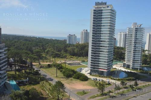 Ocean Drive 2, Unidad De 2 Dormitorios, 2 Baños, Garage, Piso Alto!