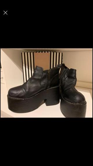Zapatos Negros Altos - Marca: Heyas - Talle 39/40 - 1 Uso