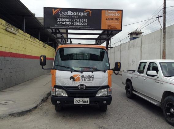 Camion Hino Dutrocity 215