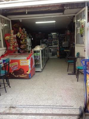 Vendo Cigarreria - Cafeteria Frente A Colegio Privado