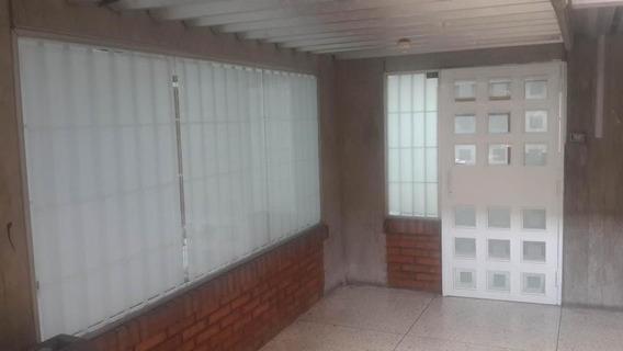 Oficina En Alquiler Centro Barquisimeto Lara 20-2134