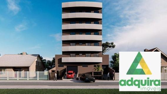 Apartamento Padrão Com 2 Quartos No Edifício Dom José - 7901-v