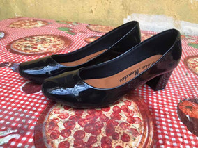 Sapato Preto Salto Médio Tamanho 38,nunca Usado.preto Verniz