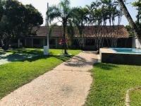 Bela Chácara Com 2.664m² E 3 Dormitórios Em Itanhaém. 7008e