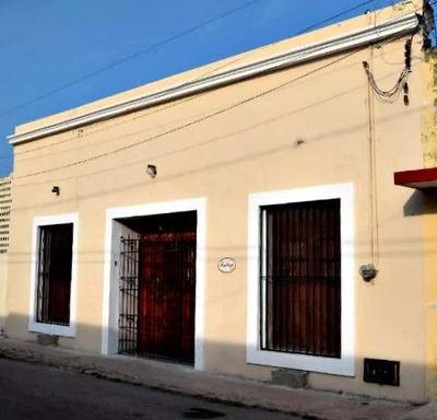 Hermosa Casa Remodelada En El Centro Historico De Merida Cerca Del Parque Santiago.