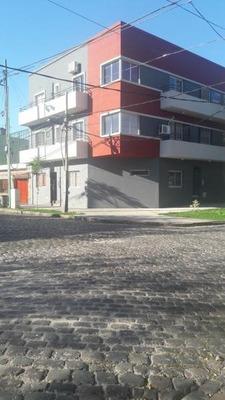 Cochera Fija En Edificio !!!