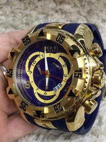 Relógio Masculino Pulseira Azul Marinho Fundo Azul