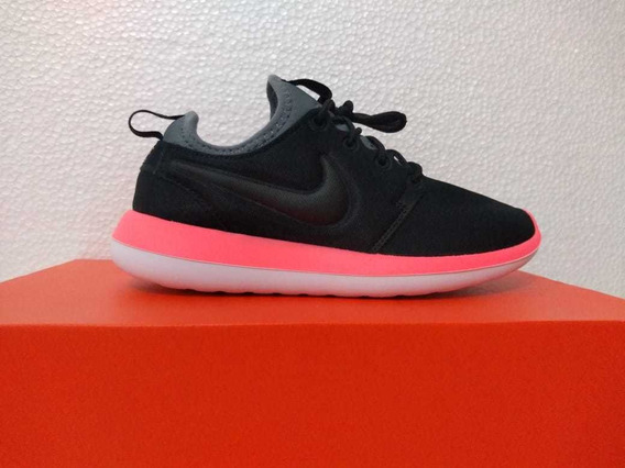 Tênis Roshe Two
