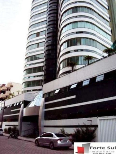 Imagem 1 de 20 de Ótimo Apartamento Em Meia Praia!!! - Av193 - 3295873