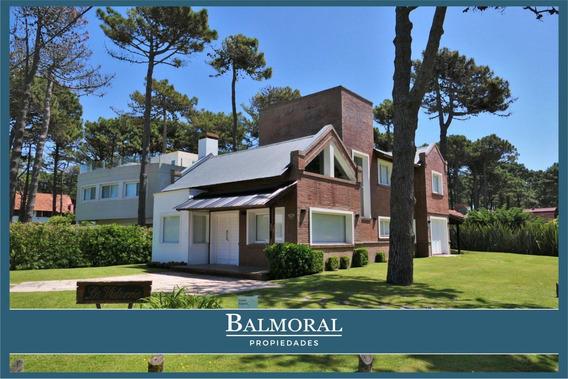 8170 - Casa En Venta - Pinamar - Zona Lasalle -
