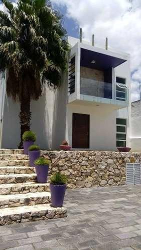 Casa En Renta Calle Tianguismanalco, Atlixco