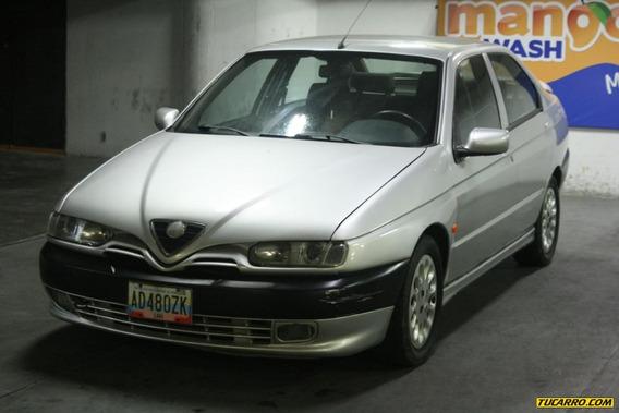 Alfa Romeo 146 2.0 Ti