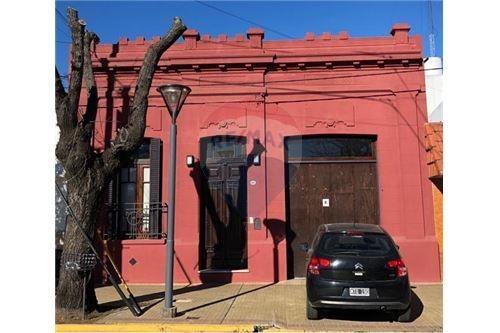 Casa En Venta 3 Dormitorios Tolosa La Plata