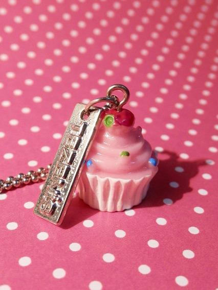 Colar Feminino Com Pingente Cupcake Rosa Correntinha Bijuteria Bijoux Acessórios Femininos Moda 2019