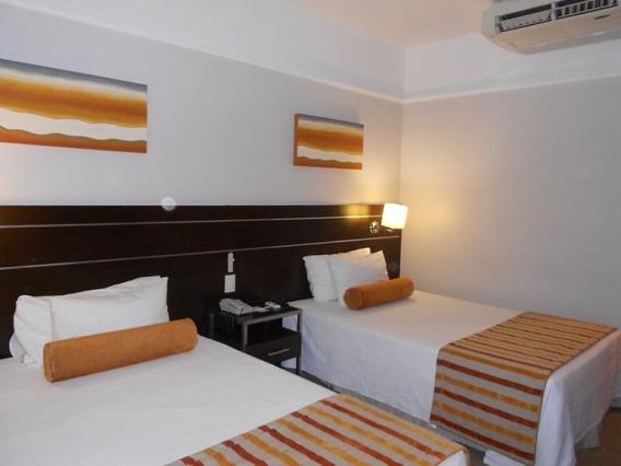 Apart Hotel, Funcionários - 7762