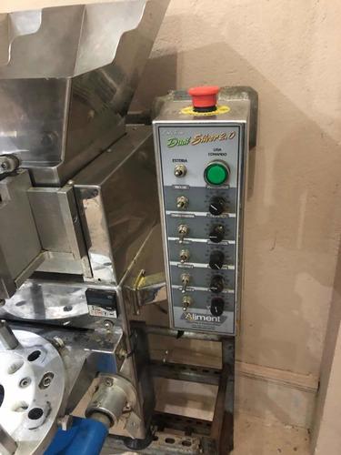 Imagem 1 de 5 de Máquina De Salgado