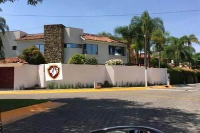 Residencia En Renta En Coto Privado Frente Andares
