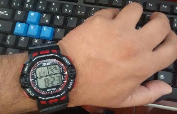 Relógio Digital Led Troca De Cor Top