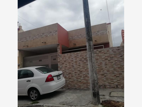 Imagen 1 de 12 de Casa Sola En Venta Costa Verde