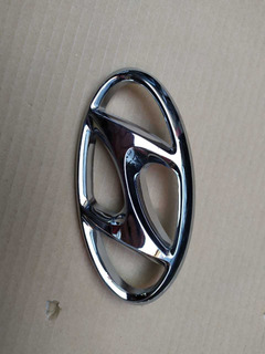 HYUNDAI Genuine 86330-28500-LP Elantra Emblem