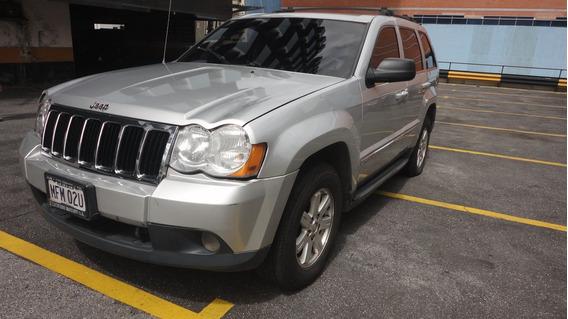 Jeep 2008 Plata 5 Puertas