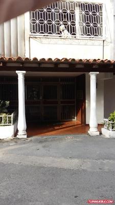 Apartamento En Venta - Bella Vista, La Paz - Shb 04143058085