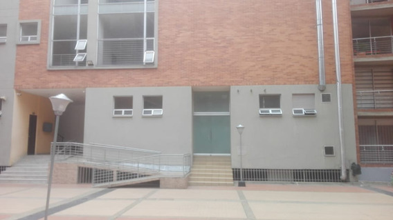 Apartamento En Venta Gratamira 469-6609