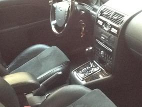 Ford Mondeo 2.5 Ghia V6 Mt