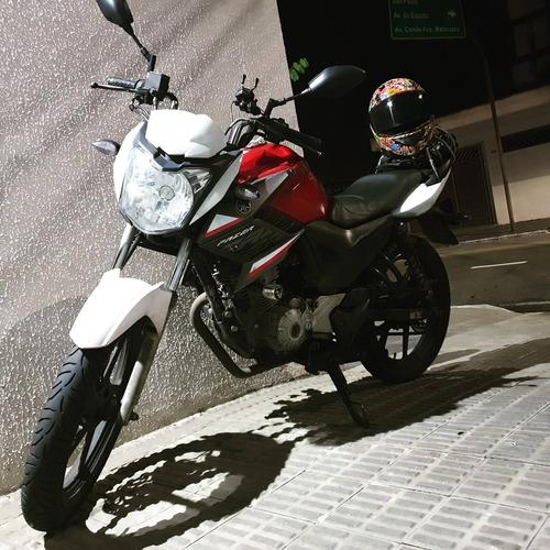 Imagem 1 de 7 de Yamaha Fazer
