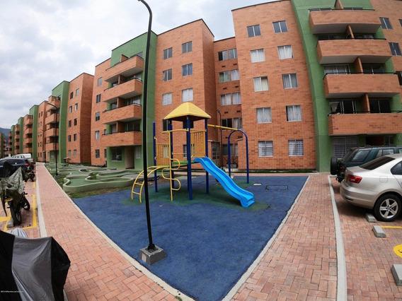 Apartamento En Arriendo En La Arboleda Mls #20-460 Fr